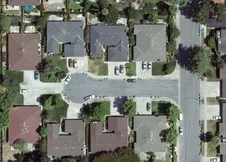 Areal view of a dead end residential street in Silicon Valley